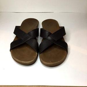 OluKai Pahe'e Leather Women's sandals Size 8